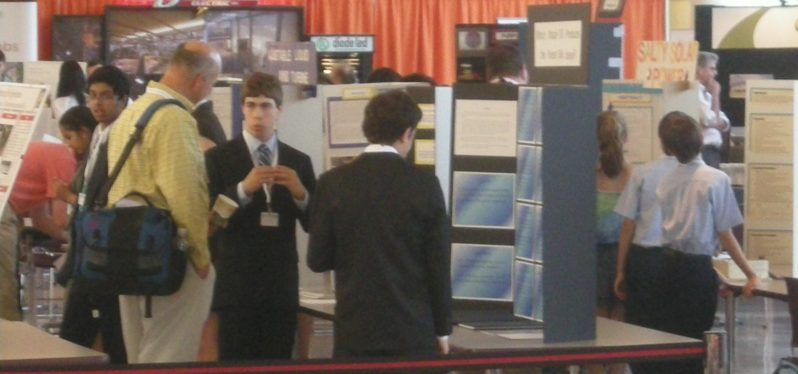 Science Fair students explain their projects to judges and EnergyPath ...